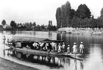 kashmir-1898-houseboat